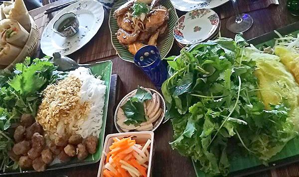 まるた食堂タイ料理