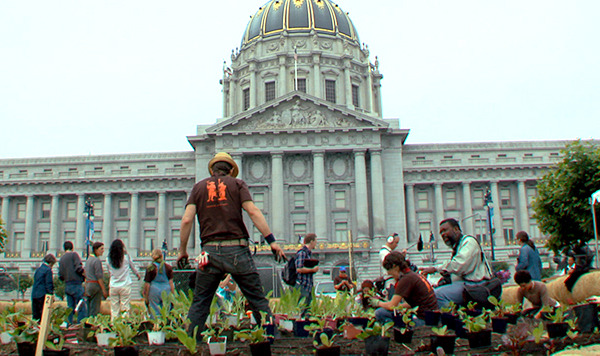 都市を耕す映画会